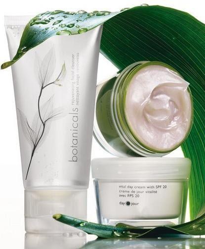 Avon Liiv Botanicals Rejuvenating Facial Cleanser