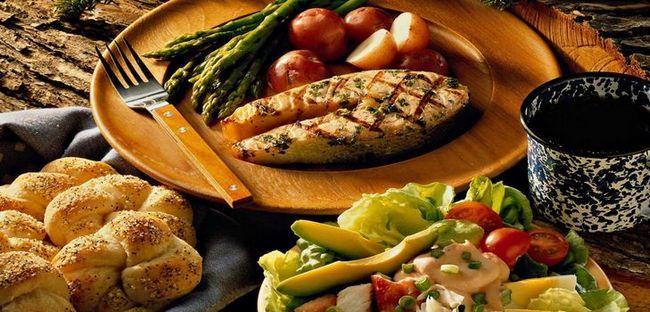 Смачний і швидкий святкову вечерю на 23 лютого, що приготувати