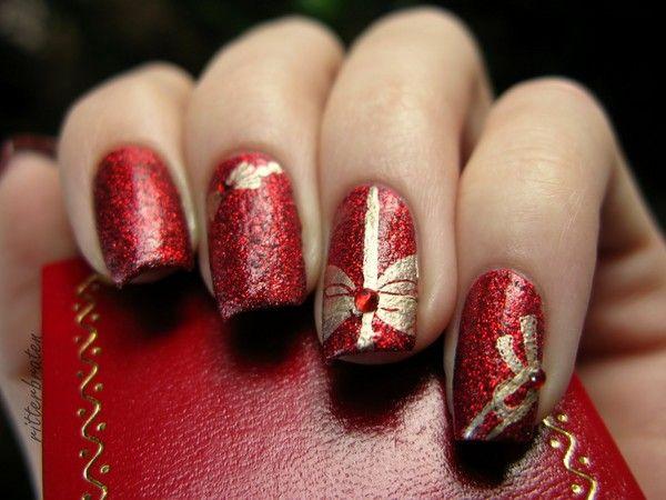 Створюємо новорічний дизайн нігтів 2016: фото і приклади