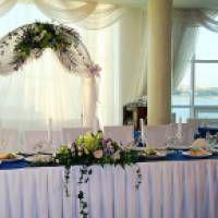 Як оформити весілля своїми руками: ідеї для декору тканиною