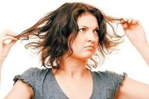 Догляд за жирним волоссям: шампуні і маски (покупні й домашні)
