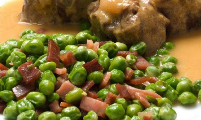 Блюдо з маринованої яловичини і шинки