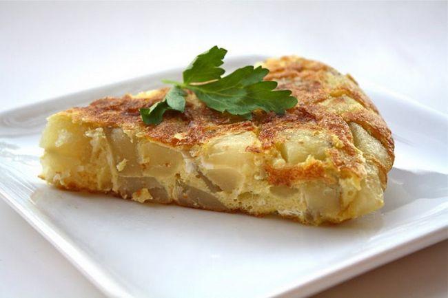 Яйця з картоплею - просто і ситно