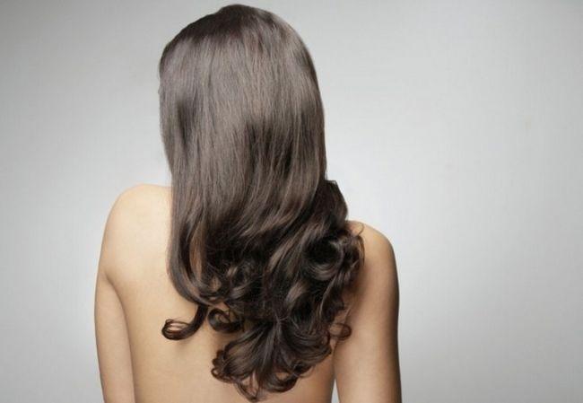 Домашнє ламінування волосся