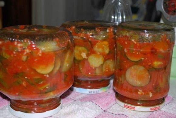 огірки в томатної заливки