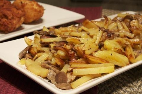 білі гриби смажені з картоплею
