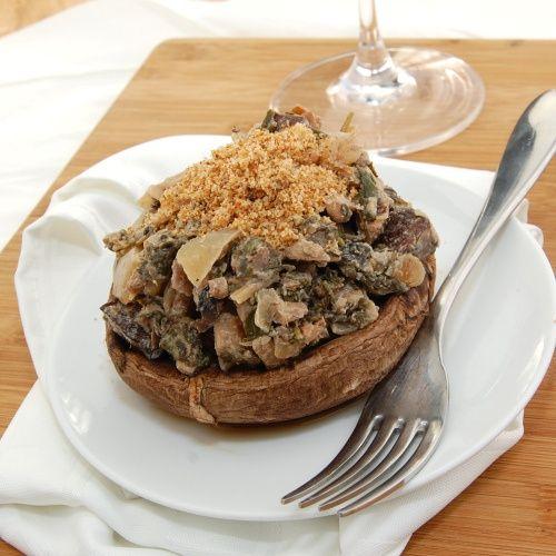 Фаршировані гриби Портобелло зі шпинатом