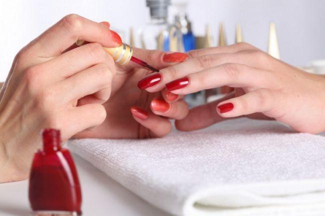 Як робити дизайн на нігтях