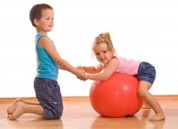 Як повинна проходити ранкова зарядка для дитини?