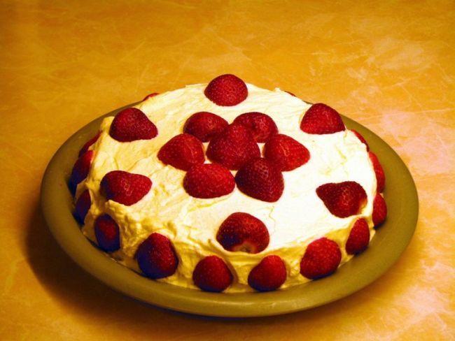 Як спекти пиріг з ягодами