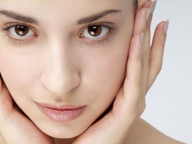 Як позбутися від почервоніння шкіри обличчя