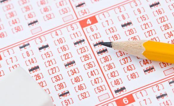 Як купити щасливі квитки і виграти в лотерею?