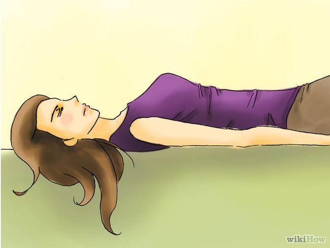 Зображення з назвою Get Taller by Stretching Step 06