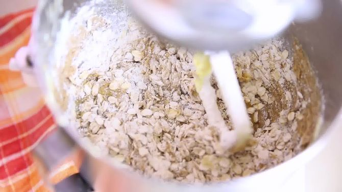 Зображення з назвою Bake Oatmeal Cookies Step 5 preview