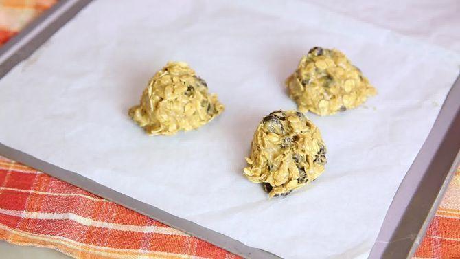 Зображення з назвою Bake Oatmeal Cookies Step 7 preview