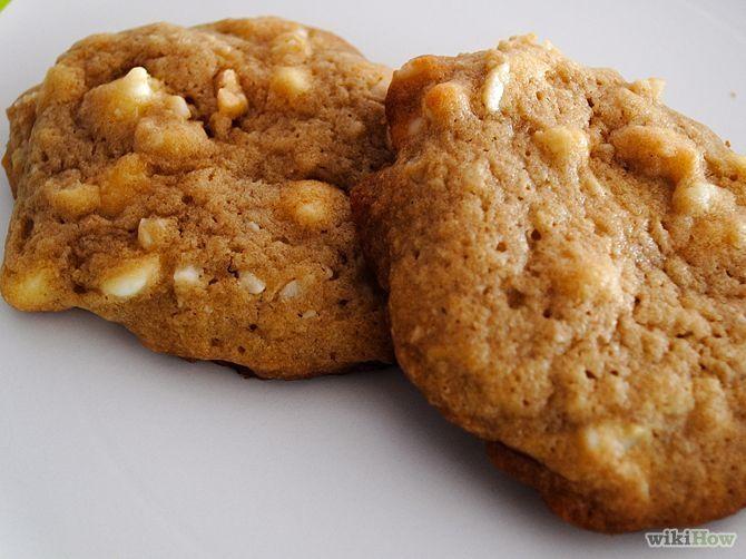 Зображення з назвою Make White Chocolate Chip Macadamia Nut Cookies Intro