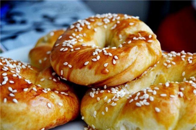 Як приготувати турецькі булочки