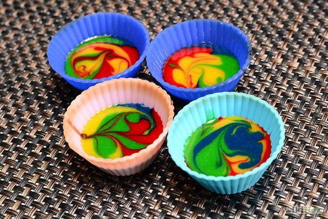 Зображення з назвою Make Tie Dye Cupcakes Step 4