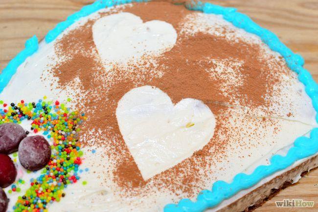 Зображення з назвою Make a Heart Shaped Cake Step 24