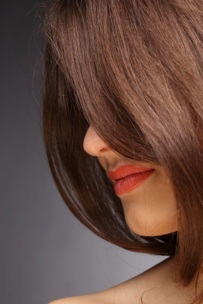 Як зробити волосся блискучим і гладкими