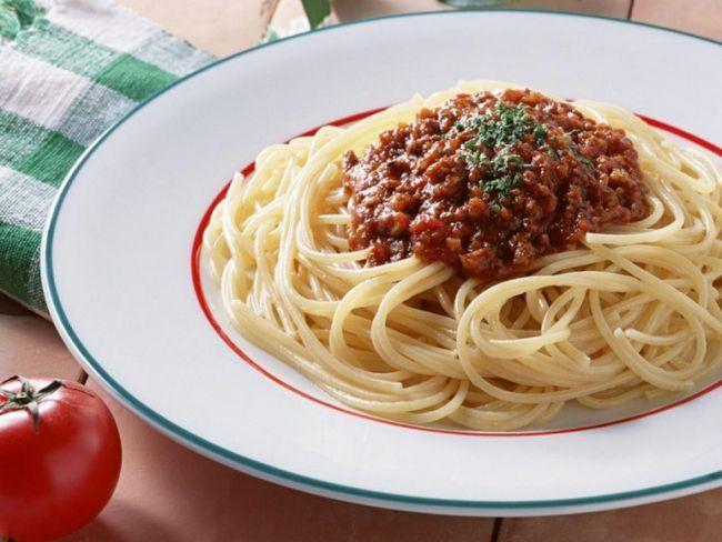 Як смачно приготувати пасту з соусом бешамель