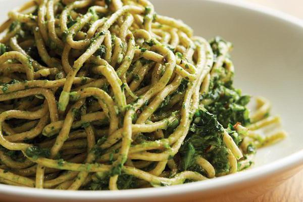 Локшина пшенична: привабливі рецепти. Пшенична локшина з куркою, з овочами