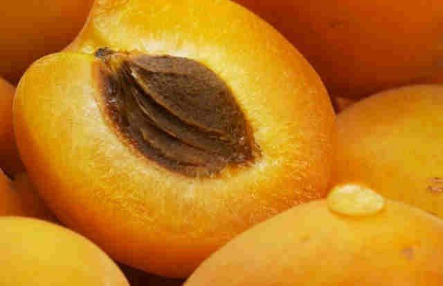 персикове масло для волосся відгуки