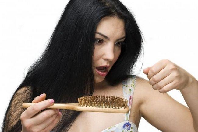 Надійний засіб від випадання волосся? Їх багато!