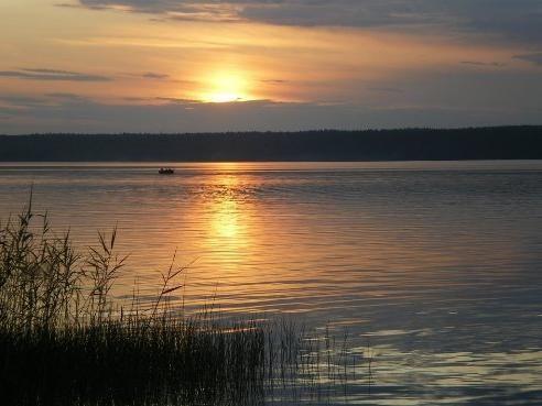 Озеро лемболовськая на карельському перешийку