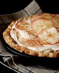 пиріг зі сметаною і яблуками