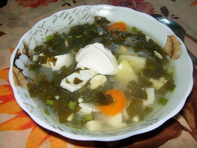 Простий рецепт низькокалорійного супу з щавлю:
