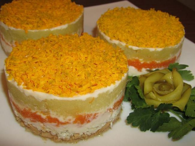 готовий салат мімоза