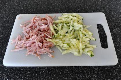 салат з мовою