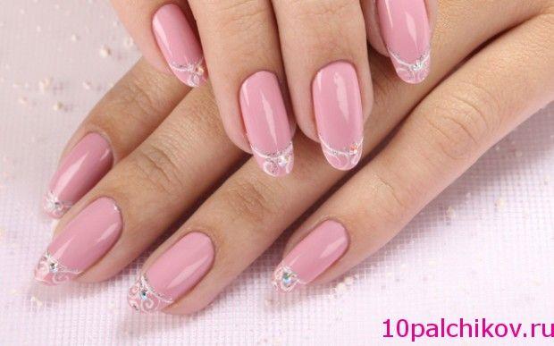 Світло-рожеві нігтики з ніжним малюнком - символ жіночності!