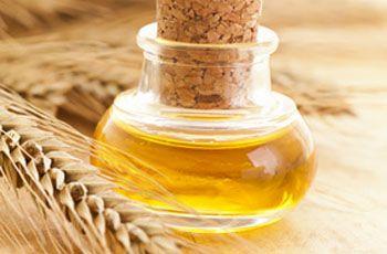 Масло зародків пшениці для особи, користь для шкіри, застосування, 8 рецептів масок