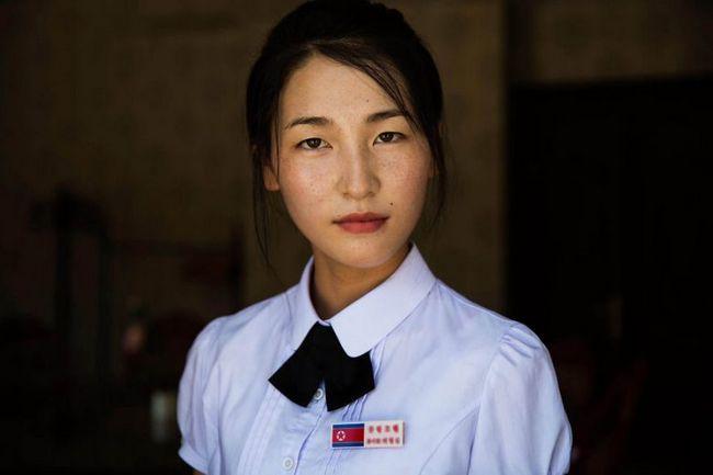 Сувора краса жінок комуністичної північній кореї