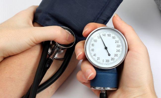 Артеріальна гіпертонія: серце в зоні ризику