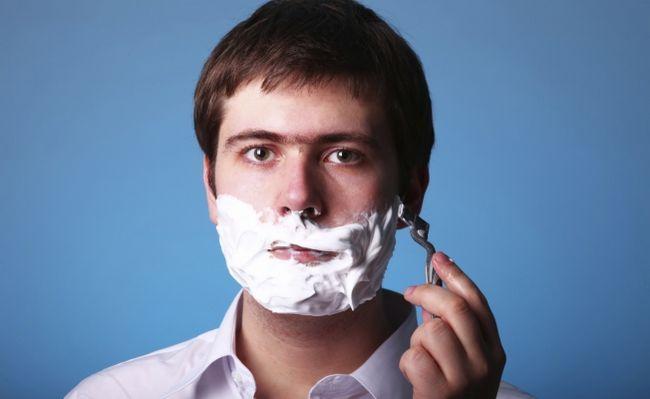 Чоловікам: гоління сухої і чутливої шкіри