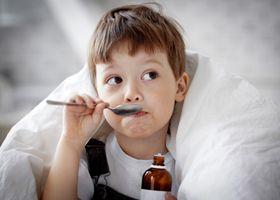 Антибіотики провокують ожиріння у дітей