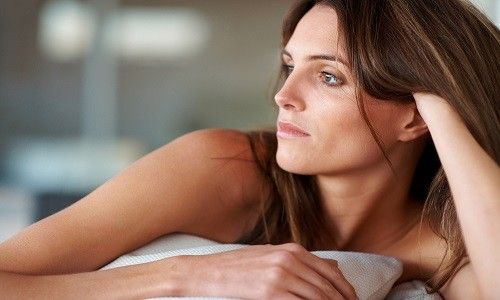 Як лікувати молочницю перед місячними?