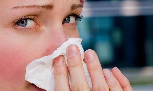 Як можна зняти закладеність носа в домашніх умовах?