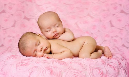 Як передається можливість народити двійню