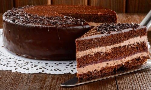 Як приготувати торт празький самостійно