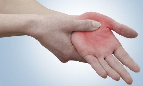 Ознаки та лікування перелому п`ятої п`ясткової кістки зі зміщенням