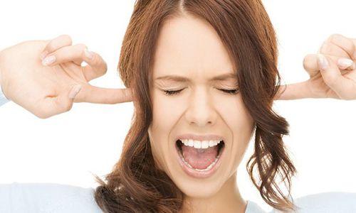 Отит середнього вуха: причини виникнення та лікування у дорослих