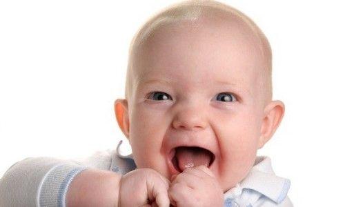 Причини виникнення, симптоми і лікування отиту у дитини