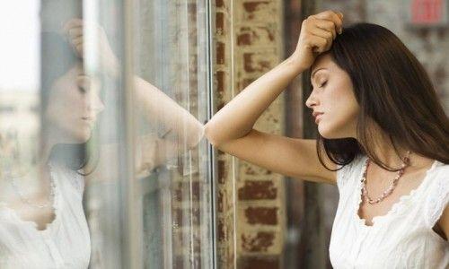 Симптоми і лікування пролактиноми у жінок