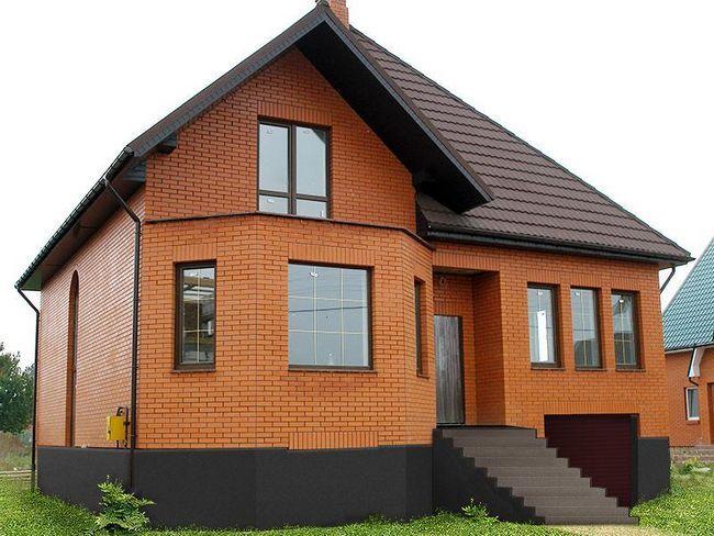 Будівництво будинків з блоків і цегли